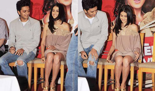 10 Bollywood Wardrobe Malfunctions You Just Can't Ignore   Wonder ...