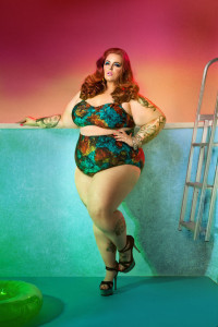 tess-holliday-swimsuit-ad-campaign-two-piece-h724