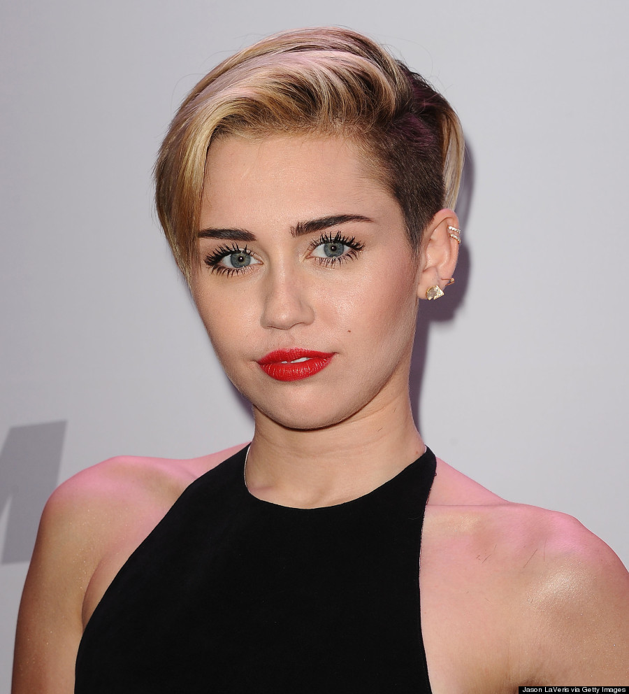 Miley Cyrus Blonde Bangs Haircut Short Pixie Cut With For Clm