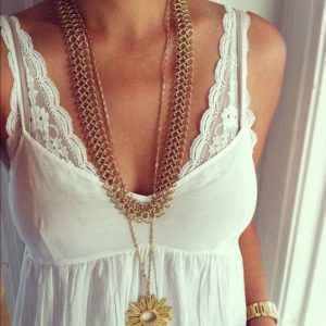 flaunt-the-lace-pull-your-top-all-the-way-down