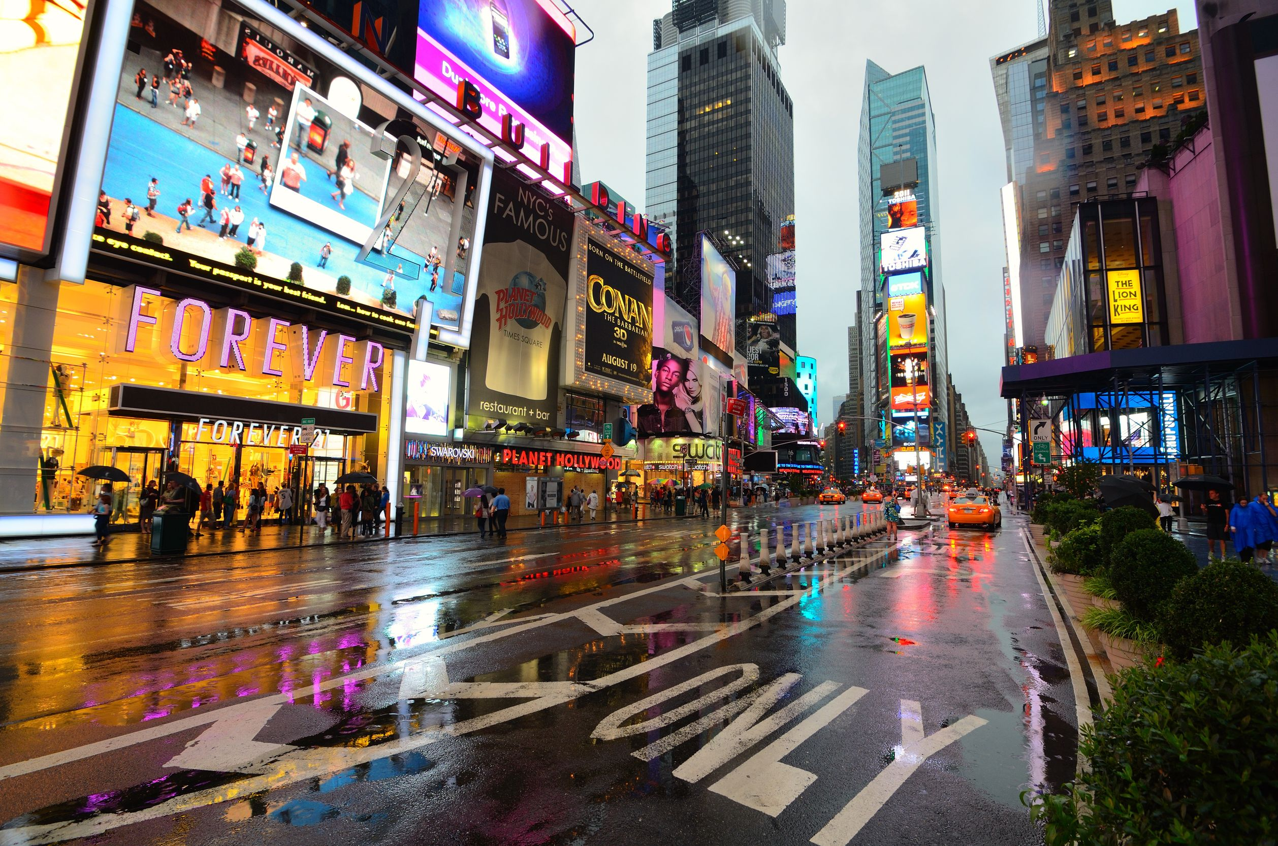 Times Square proper encompasses 42nd to 47th Streets, from Broadway to Seventh Avenue—but people commonly refer to the area from around 40th to 53th Streets, between Sixth and Eighth Avenues, as Times Square.