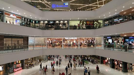 Oct 28,  · SM department store serves as the anchor store. There is a fast food area as well as franchised restaurants and regular restaurants. You can pretty much find everything here except for the really high end brands.5/5.