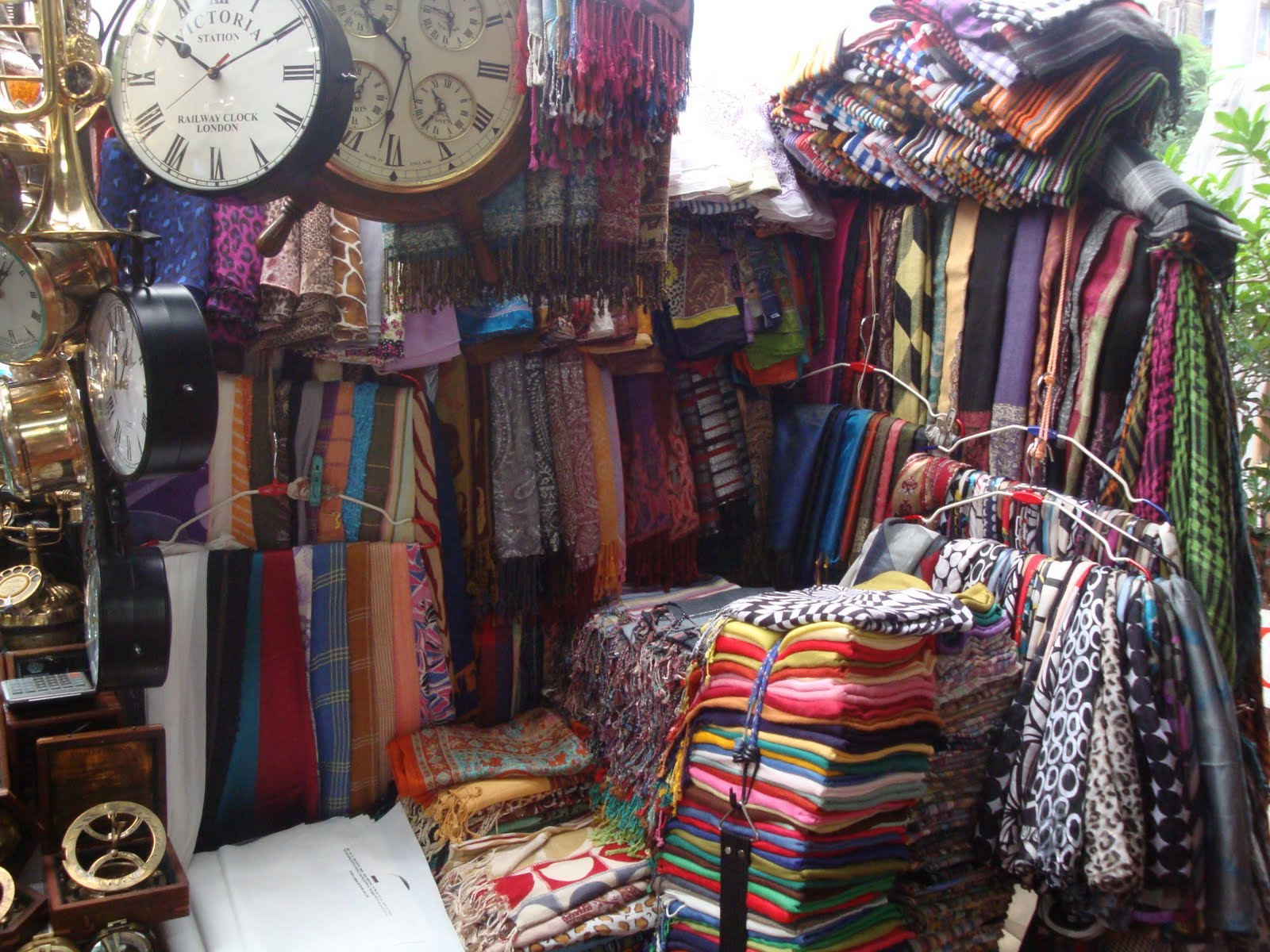 92f9ac9e0 7 best places for street shopping in India!