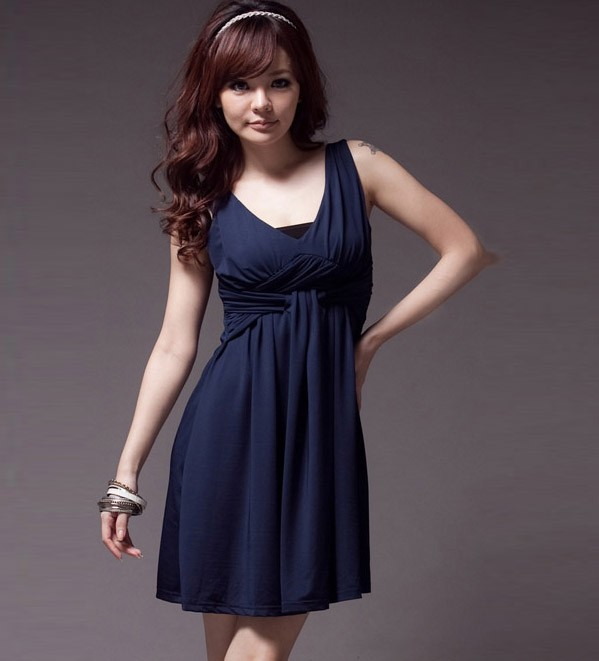Dresses owl choose the best dress according to your body for Empire waist t shirt dress