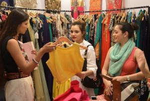 sarojini market clothing store
