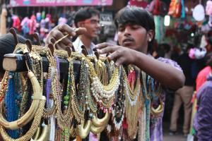 sarojini market jewelry