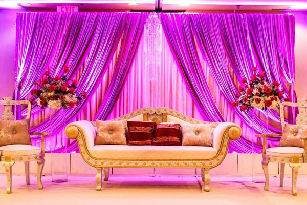 8 Stunning Stage Decoration Ideas For Indian Weddings ...