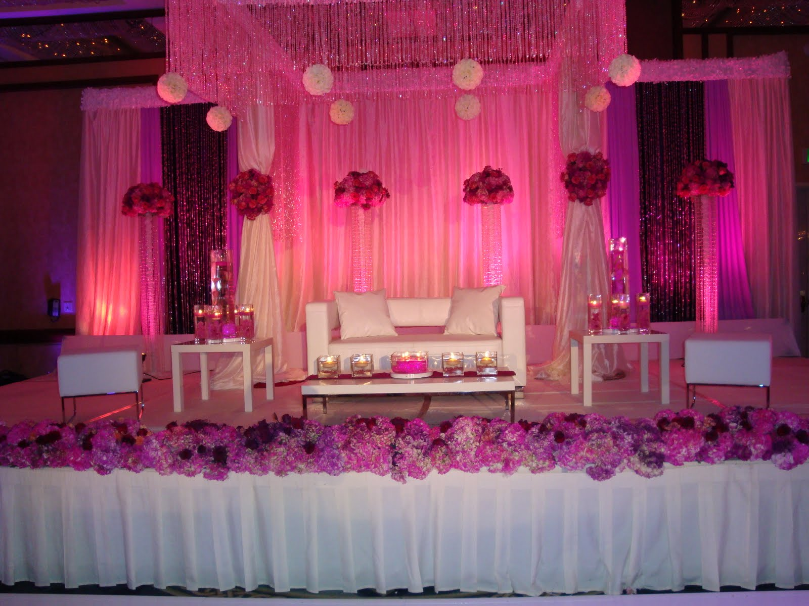 8 Stunning Stage Decoration Ideas For Indian Weddings | Wonder Wardrobes