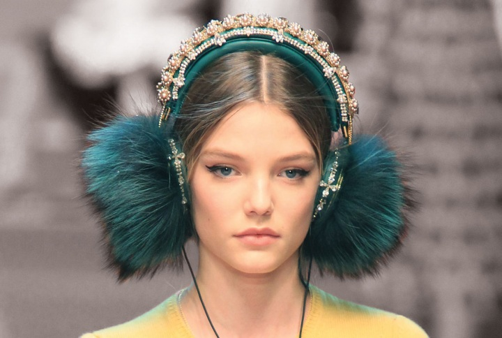 9 different ear-muffs to style your winter!
