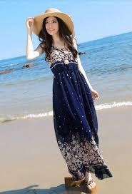Maxi dress for beach dinner