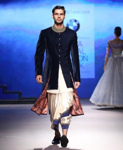 mens-wear-indigo-blue-velvet-sherwani-jacket-with-white-dhoti-and-blue-border-tarun-tahiliani-bmw-india-bridal-fashion-week-2015