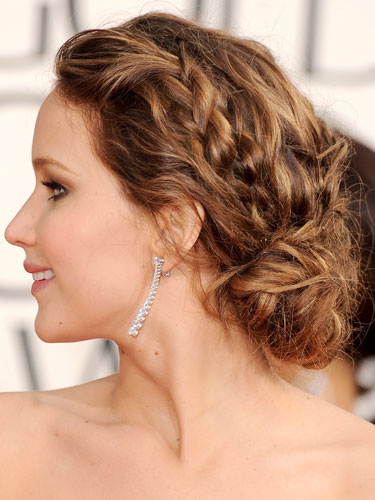 Top 8 Hairstyles To Rock This Christmas