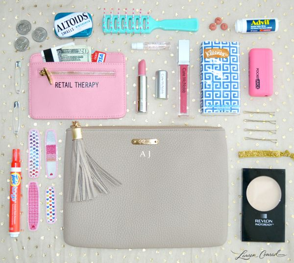 Top 10 Night-Out Clutch Essentials