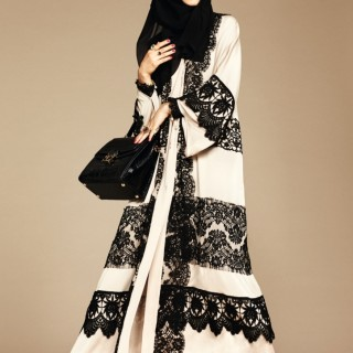 Look Ethnic in 'Dolce and Gabbana' Abayas This Season
