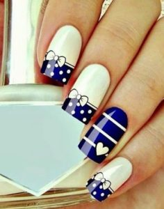 cute bows as nail art design