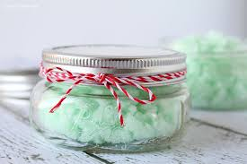diy-peppermint-scrub