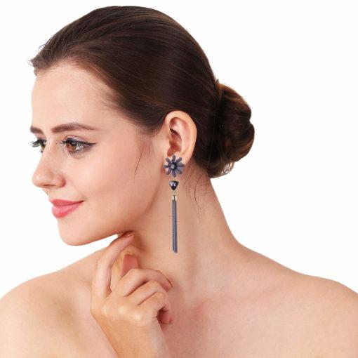 Dazzling Daisy Grey Earrings For Women 03