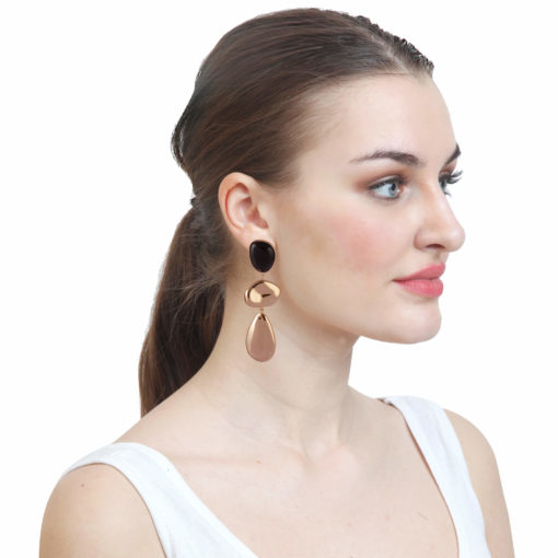 Dramatic Gold Danglers Earrings 03