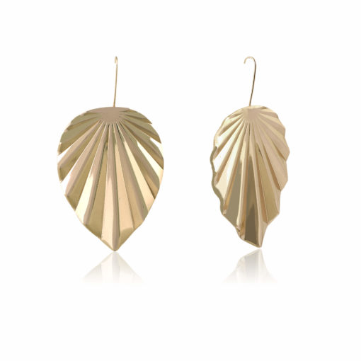 Funky Golden Leaves Earrings 02